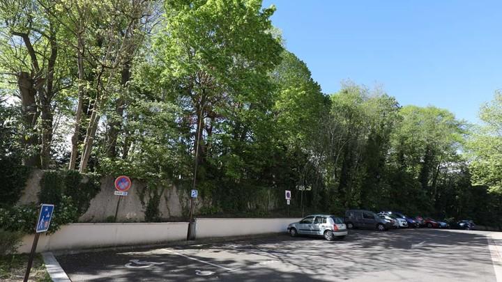 Parking extérieur espace Pierre-Delanoë